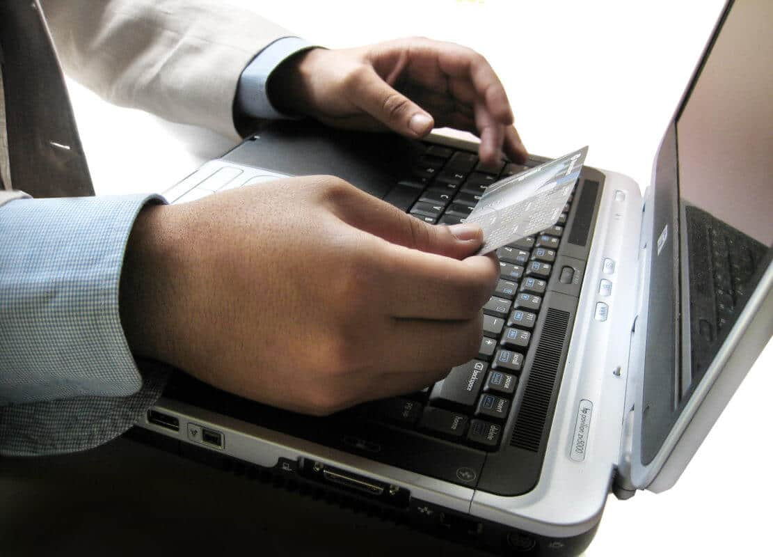 Using a Laptop with a Wireless Router Can Harmful