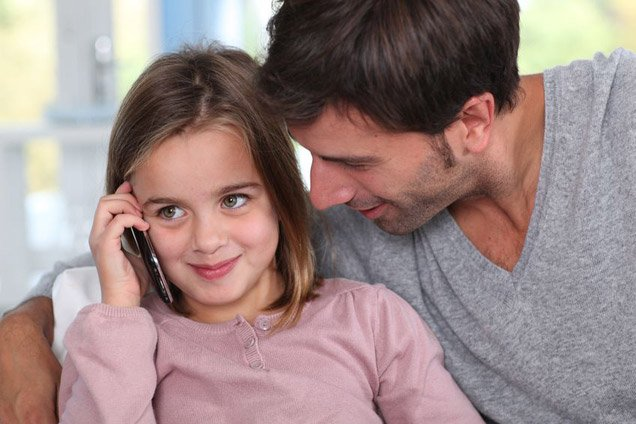 Child using a cell phone