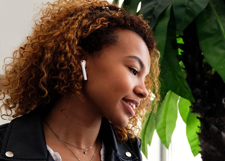 Are AirPods Safe? Risks of EMF Radiation Emitted by Wireless Earpods
