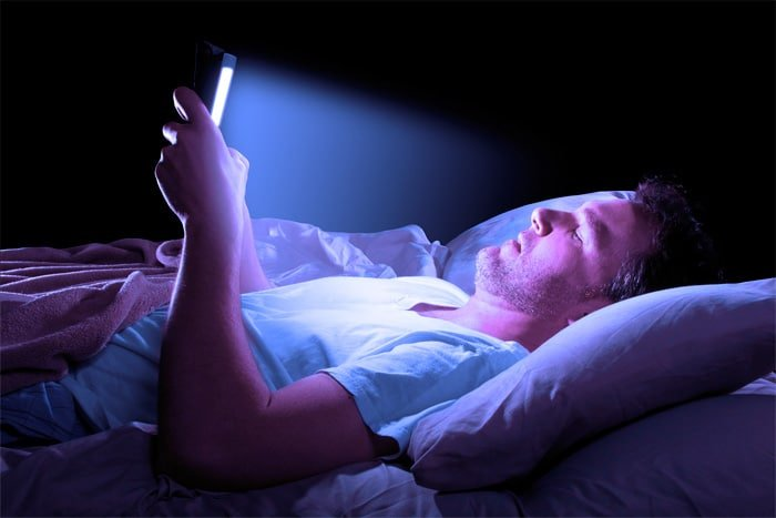 Keep Your Cell Phone Out of Bed