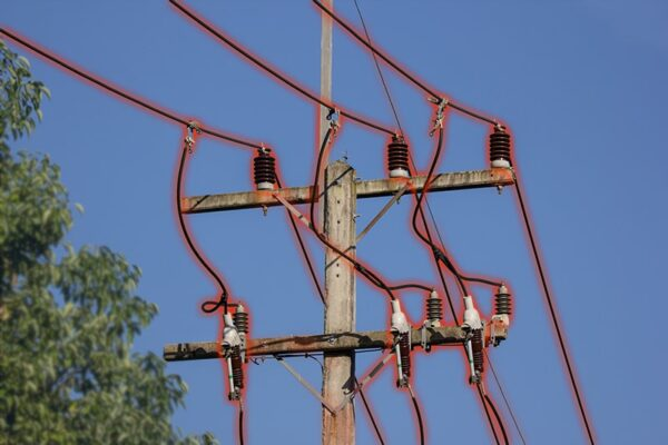 What You Need to Know About Power Lines and ELF Radiation